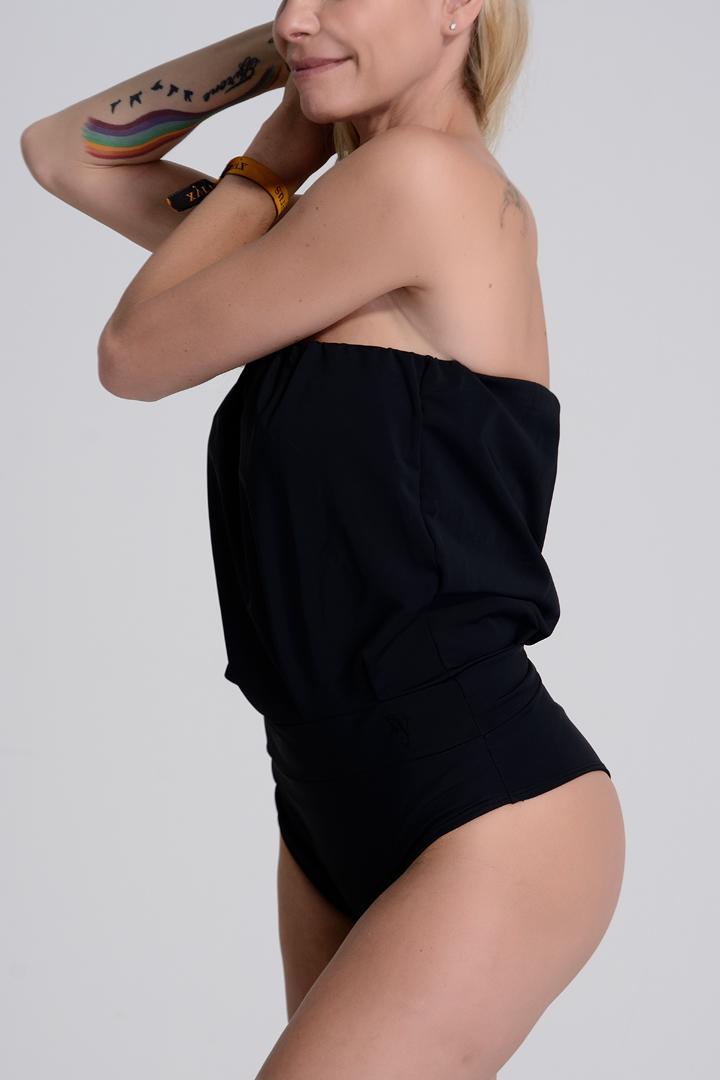 traje de baño negro mujer. Eva negro clásico