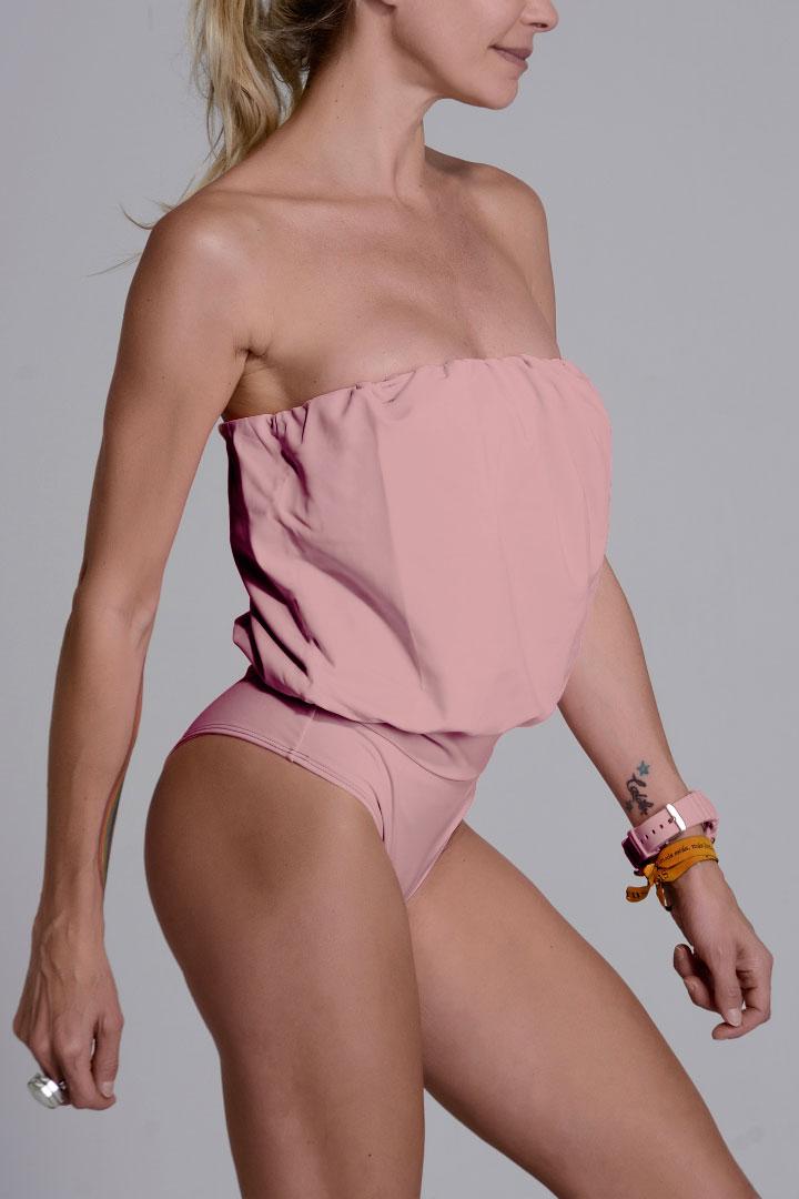 Traje de baño modelo Eva color rosa vintage