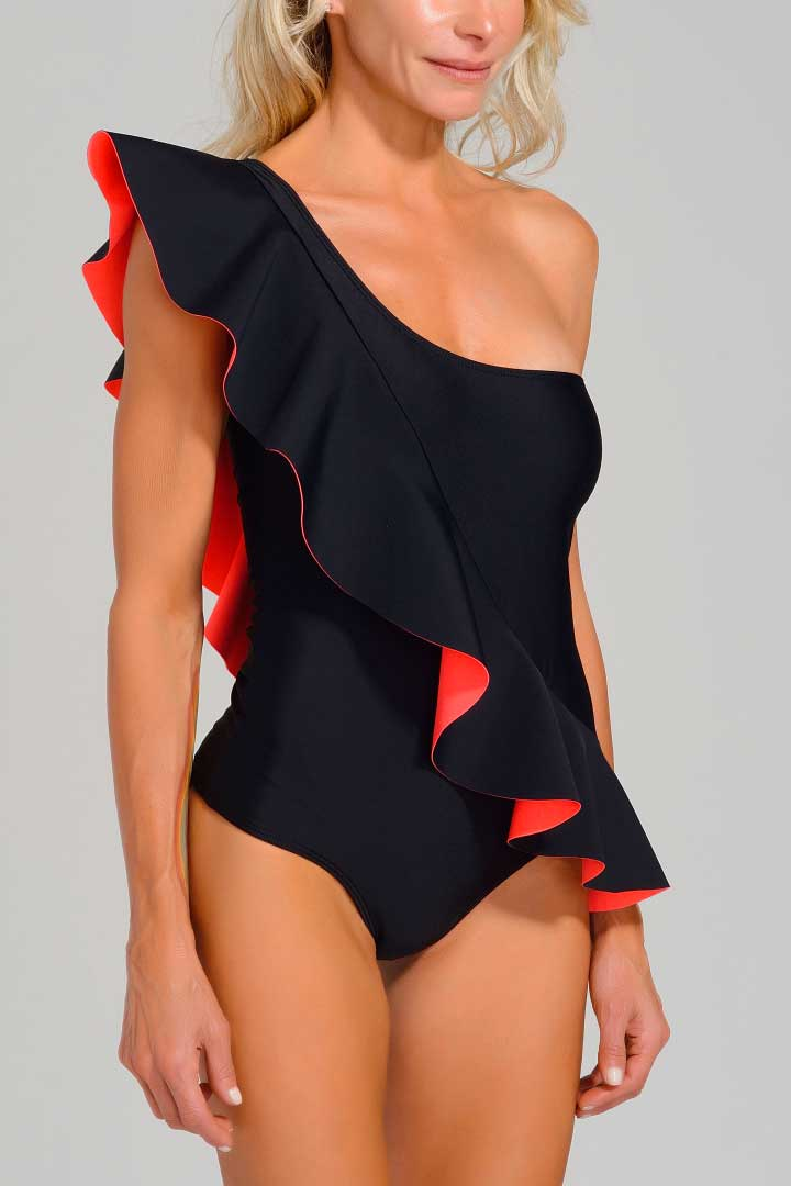 Enteriza Diana color negro coral
